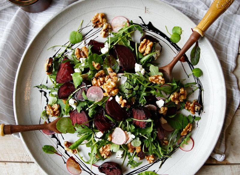Köz Pancar Salatası Tarifi
